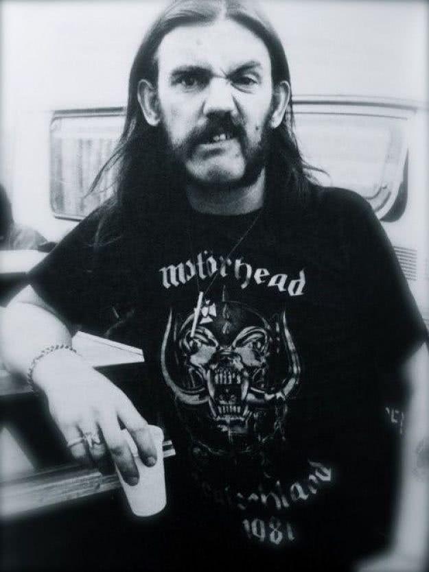 LEMMY KILMISTER: Δηλώσεις των μουσικών για το θάνατό του Lemmy-young_opt