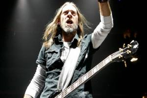 "REX BROWN: ""Train Song"" (νέο single & video clip)"