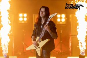 "FIREWIND: ""Welcome to the Empire"" (νέο video clip)"