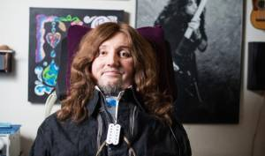 "JASON BECKER: ""Hold On To Love"" (νέο video clip)"