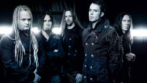 "KAMELOT: ""Under Grey Skies"" (νέο lyric video, feat. CHARLOTTE WESSELS)"