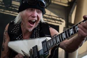 "MICHAEL SCHENKER: ""Take Me to the Church"" (νέο video-clip)"