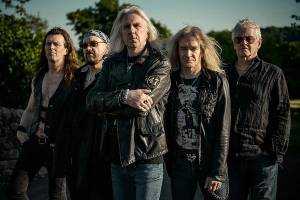 "SAXON: ""The Devil's Footprint"" (νέο live video)"