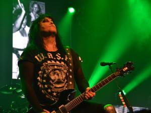 "W.A.S.P.: ""Chainsaw Charlie"" (νέο video clip)"