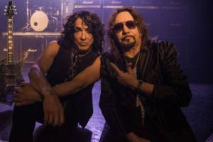 "ACE FREHLEY & PAUL STANLEY: ""Fire and Water"" (νέο video-clip)"