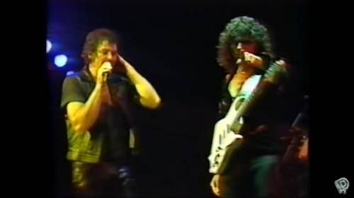 "DEEP PURPLE: ""Difficult to Cure"" (live video από την περιοδεία για το ""Perfect Strangers"")"