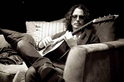 CHRIS CORNELL: Ανακοινώθηκαν τα αίτια του θανάτου του